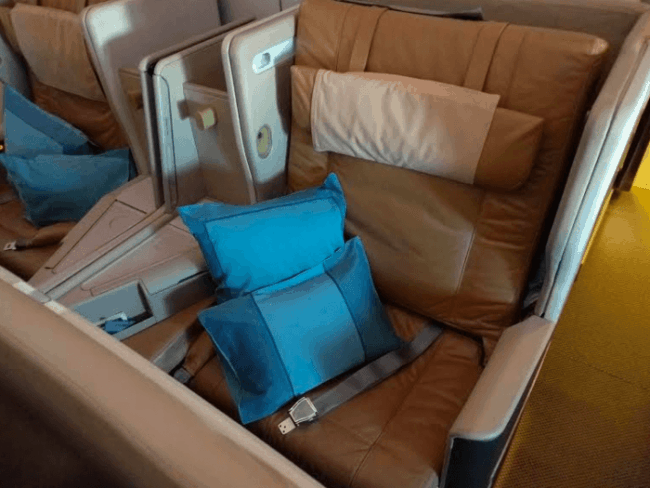 Business Class on Singapore 777